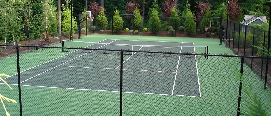 Residential Tennis Court in the Dunthorpe Neighborhood, Portland, Oregon